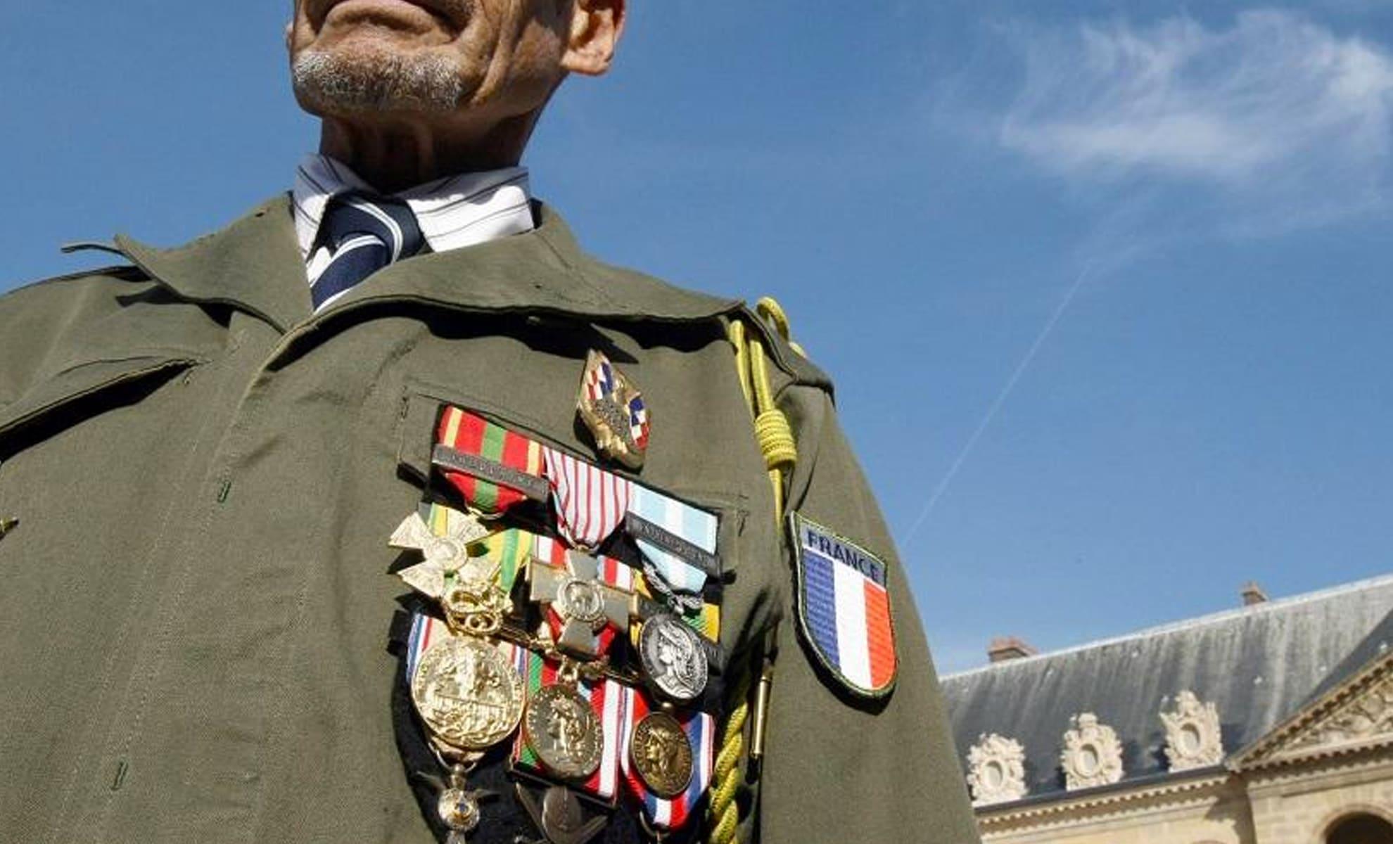 Les Harkis à l'Élysée en prévision de la journée nationale d'hommage aux formations supplétives de l'armée française en Algérie